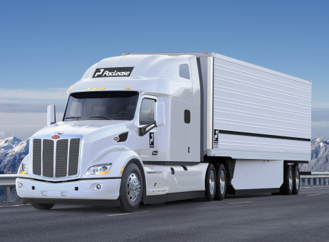 PacLease Peterbilt Model 579 Truck (Photo: Business Wire)