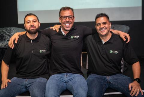 Ozow Co-founders; Mitchan Adams, Thomas Pays, Lyle Eckstein (Photo: Business Wire)
