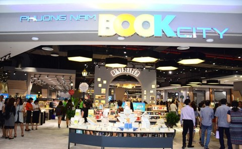 """phuongnam book"" the bookstore chain we wholesale in Vietnam (Photo: Business Wire)"