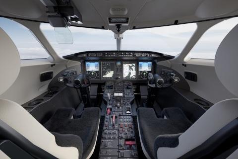 Plastiques Flexibülb has been producing the Challenger 350 cockpit interior trim panels since the program's launch. (Photo: Bombardier)