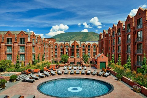 St. Regis Aspen Resort Pool During the Summer (Photo: Business Wire)