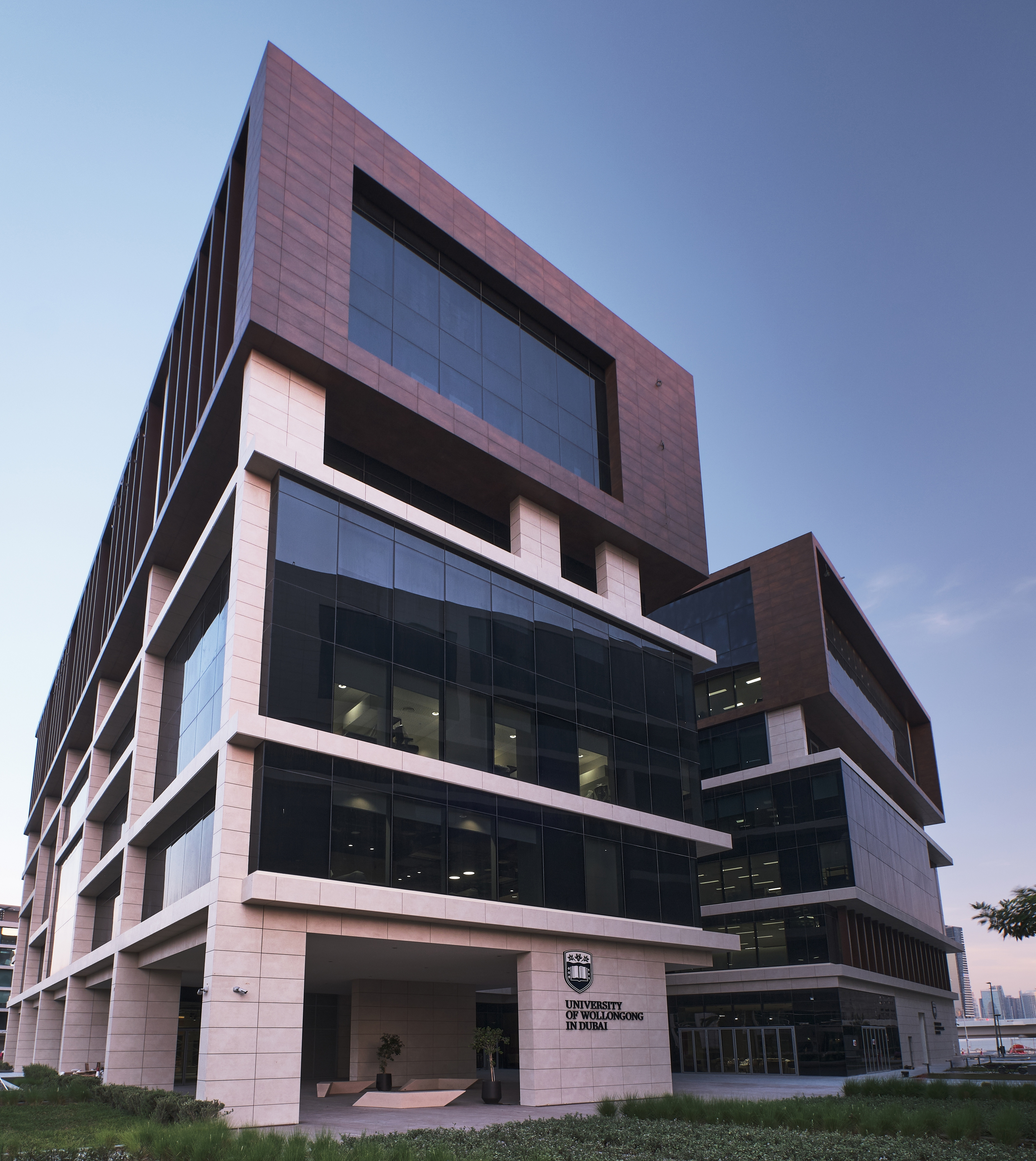 University of Wollongong in Dubai Opens Door to 200,000 sq ft 'Campus of  the Future' at Dubai Knowledge Park   Business Wire