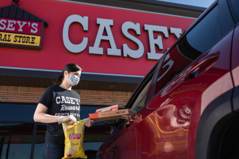 Casey's launches curbside across all 2,200 locations. Visit www.caseys.com. (Photo: Business Wire)