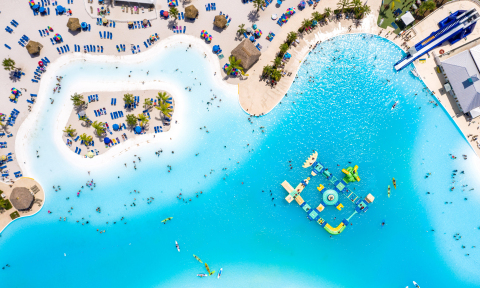 Crystal Lagoons PAL licensing contracts have become the business of the future with investors looking to move forward, attracted by the success of PAL in the U.S., their high returns and long-term security as Covid & Amazon-proof alternatives. (Photo: Business Wire)