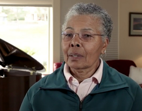Sylvia Hooks, a 73-year-old former professional tennis player, and an avid golfer, has been living with ET for more than 30 years. (Photo: Business Wire)