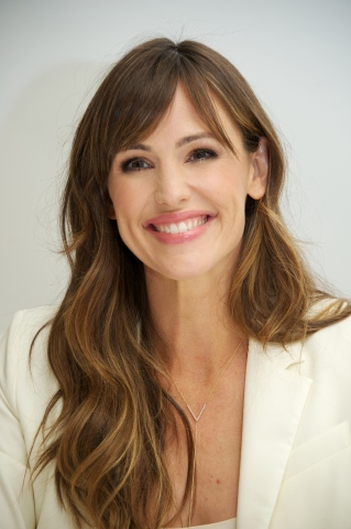 Jennifer Garner to co-host Ina Garten Virtual Book Signing Event on October 20th with Williams Sonoma.