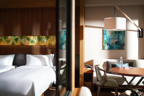 KHOS Qingyuan Room (Photo: Business Wire)