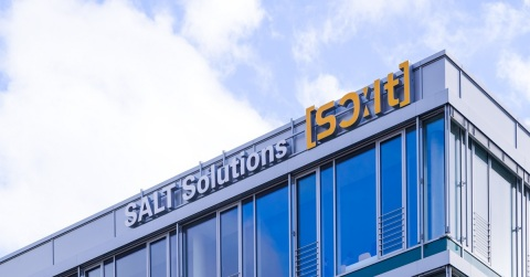 German technology consultancy SALT Solutions will deepen Accenture's shop floor expertise (Photo: Business Wire)