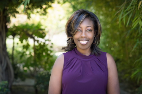 Loretta Erhunmwunsee, M.D., Assistant Professor, Division of Thoracic Surgery (Photo: City of Hope)