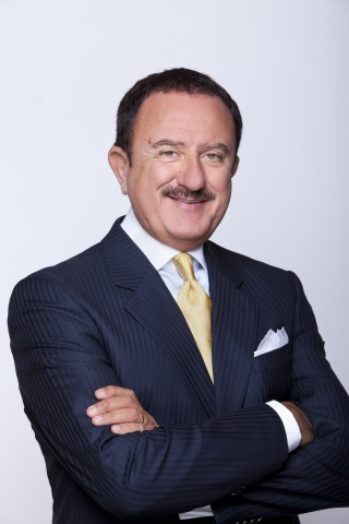 Sol Trujillo, Chairman of Encantos (Photo: Business Wire)