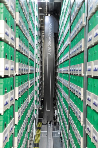 The Spectra® TFinity® ExaScale Tape Library is the world's largest capacity storage system. The unique tape handling technology results in the smallest floor space requirements of any enterprise libraries. (Photo: Business Wire)