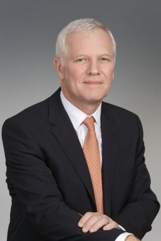 Энди Трандл, руководитель глобального авиационного дивизиона (Фото: Business Wire)
