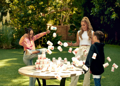 """Yoplait Pledges to Donate a minimum of $250,000 and up to $300,000 to Feeding America® - based on family participation in Yoplaitime Challenge * Yoplait will donate $1 to Feeding America, up to a maximum of $300,000, for every user posting an Instagram Reels with the hashtag #YoplaitimeDonation and Jennifer's new song """"Pa Ti"""" by 10/30/20.  Maximum achieved if 300,000 videos posted.  Regardless of number posted, minimum donation to Feeding America is $250,000. (Photo: Business Wire)"""