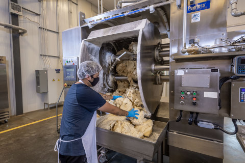Mixing and front-end controls during formulation process. (Photo: Business Wire)