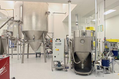 Silicon Nitride powder preparation at SINTX Technologies. (Photo: Business Wire)