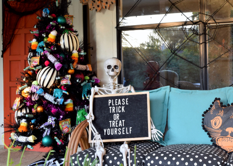 Trick or Treat Tree (Photo: Business Wire)