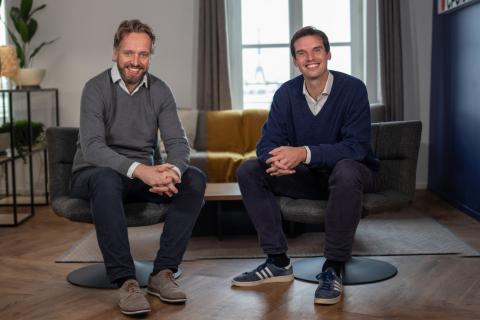 Joseph Smith (gauche), nouveau CRO de Spendesk, aux côtés de Rodolphe Ardant (droite), CEO & Co-Fondateur de Spendesk (Photo: Business Wire)