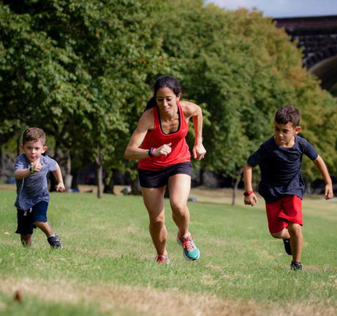 Garmin teams up with Children's Mercy Kansas City to keep children active during COVID-19. (Photo: Business Wire)