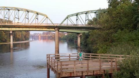 Agility Robotics' Digit on bridge (Photo: Business Wire)