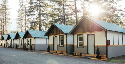 Luxury Card Adds Cardmember Benefits With LOGE Camps (Photo: Business Wire)