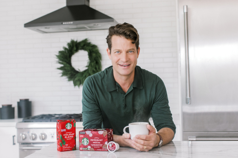 Nate Berkus teamed up with Starbucks for the Holiday At-Home Portrait Series, featuring DIY holiday portraits from families across the country that capture what matters most this year: the little moments that bring the biggest joy. Photo Credit: Ashley Burns Photography for Starbucks