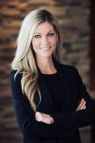 Stephanie King joins Paradox from DLA Piper, one of the largest business law firms in the world. (Photo: Business Wire)