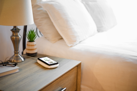 SanDisk Ixpand Wireless Charger Sync  (Photo: Business Wire)
