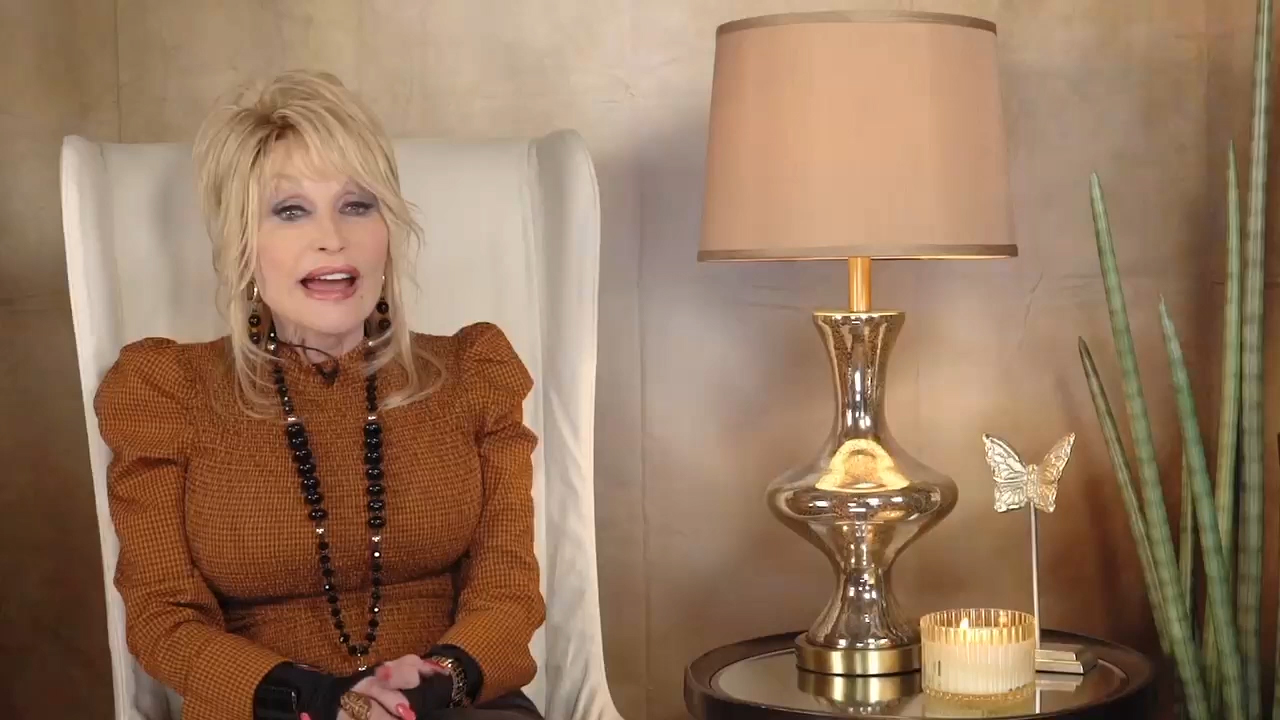 Dolly Parton Brings A Word Of Her Own To Popular Mobile Game Words With Friends