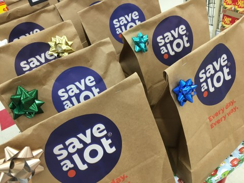 Discount grocery chain Save A Lot gives back to the local communities it operates in through its annual Bags for a Brighter Holiday program, which donates much-needed, high-quality food to local charities fighting hunger. SaveALot.com. (Photo: Business Wire)