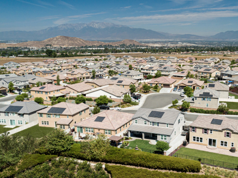 KB Home marks significant milestone of over 11,000 solar-powered homes delivered. (Photo: Business Wire)