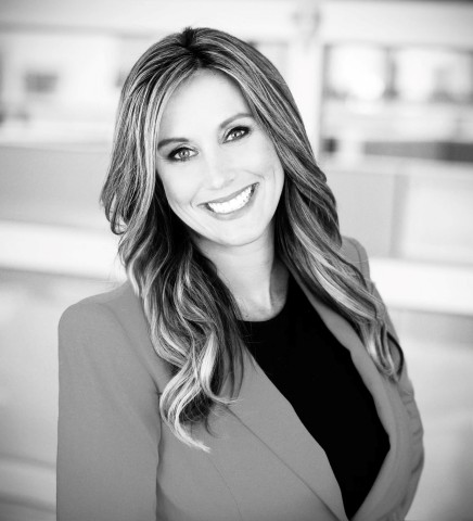Jennifer McCarthy hired as Suffolk's new Director of Strategic Client Development for San Diego. (Photo: Business Wire)