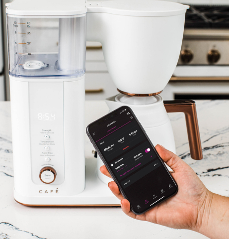 The CAFÉ™ Specialty Drip Coffee Maker Offers Built-In WiFi and a Range of Smart, User-Friendly Features (Photo: Business Wire)