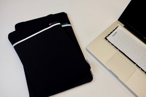 New antimicrobial laptop sleeve with ViralOff (Photo: Business Wire)