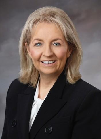 Theresa Redburn (Photo: Business Wire)