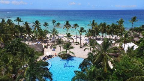 Viva Wyndham Dominicus Beach Resort (Photo: Business Wire)