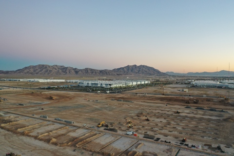Construction site of Amazon's new fulfillment center in North Las Vegas, Nevada. The building will open in 2021 with 1,500 full-time employees. (Photo: Business Wire)