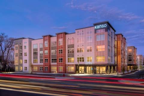 Newly launched community-wide Boingo Wi-Fi network at Kanso Twinbrook provides instant internet access for residents and powers virtual staffing services. (Sam Kittner Photography)