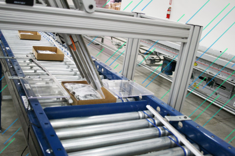 I-Pack machines in Mouser's distribution center provide a sophisticated automated packing and boxing system that can process up to 14 orders per minute. (Photo: Business Wire)
