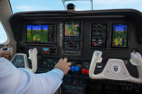 Smart Rudder Bias provides pilots assistance in one-engine inoperative events and is available on the GFC 600 digital autopilot. (Photo: Business Wire)