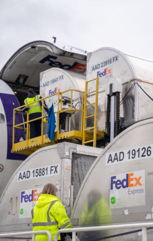Following the Food and Drug Administration's approval of Emergency Use Authorization for the Moderna COVID-19 vaccine, FedEx Express will begin transport of the vaccine and kits of supplies for administration of the vaccine. (Photo: Business Wire)