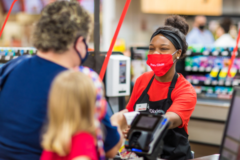 Southeastern Grocers supports communities, neighbors and frontline workers in need during most challenging year with more than $8.25 million donated to local communities in 2020. (Photo: Business Wire)