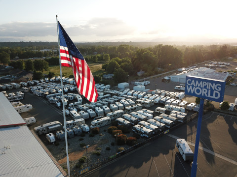 Camping World (Photo: Business Wire)