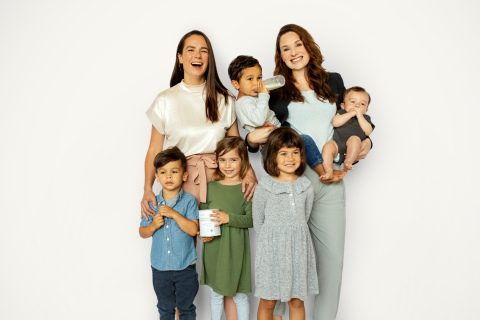 Bobbie co-founders pictured with their kids. COO Sarah Hardy (L) with Clinton and Beatrix and CEO Laura Modi with Mary, Colin, and 5 month old, Owen. Bobbie is the only mom founded and led infant formula company in the US. (Photo: Business Wire)