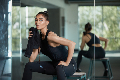Shay Mitchell in Four Weeks of Focus on Openfit. (Photo: Business Wire)