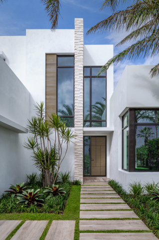 Designed to maximize the amount of natural light in the entry, direct set sidelites feature a full pane of glass built directly into the door system frame (Photo: Business Wire)