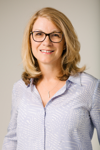Yvonne Linney joins Artificial's executive leadership team and Board of Directors (Photo: Business Wire)