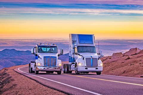 Peterbilt 579EV and Kenworth T680 Fuel Cell Trucks Ascend Pikes Peak (Photo: Business Wire)