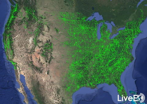 Publicly available US transmission grid with vegetation closer than 30 ft (Photo: Business Wire)