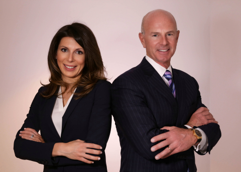 Prominent Attorneys Andy Stern (right) and Elizabeth Crawford (left) Launch New Law Firm Stern & Crawford, P.C. (Photo: Business Wire)