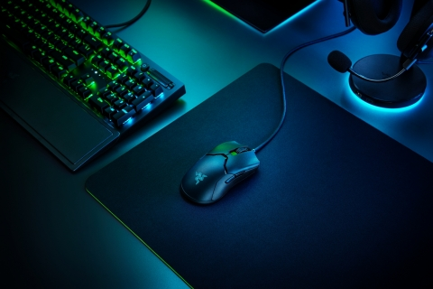 The Viper 8K is the world's fastest esports gaming mouse with the highest polling rate and all of Razer's best technology innovations to achieve superior performance. (Photo: Business Wire)